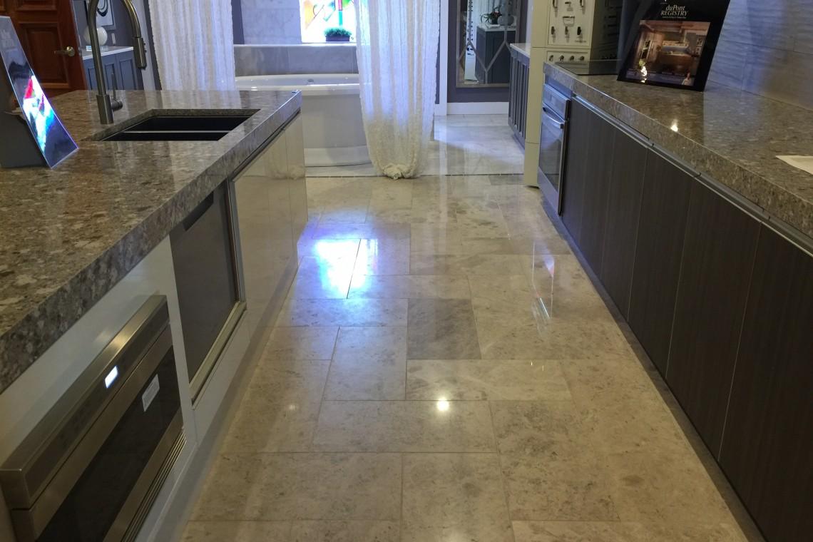Tarmak-Usa-Stone-Marble-Silver Shadow-Application-Artisan