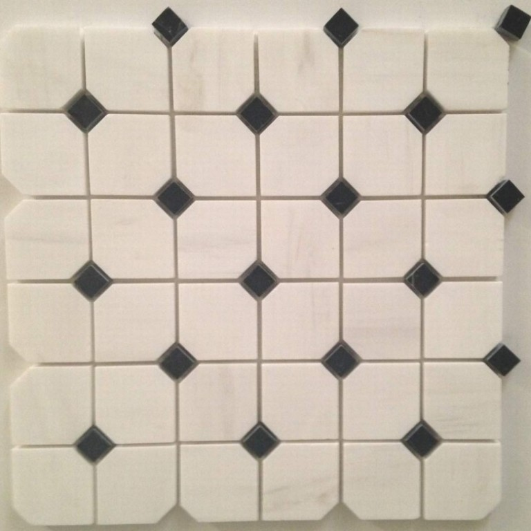 Tarmak-Usa-Stone-Mosaics-Bianco-Venato-Hex-With-Black-Dot